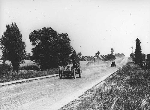 1906_French_Grand_Prix_Szisz.jpg